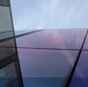 Pose de film anti-chaleur sur bâtiment
